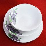 Jeu en céramique de vaisselle de forme ronde de type de la Chine