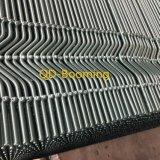 Forma de V recubierto de PVC personalizadas valla de seguridad