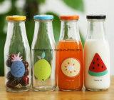 Glasflasche der Milch-300ml mit Frucht-Dekoration-Drucken-Kappe und Stroh