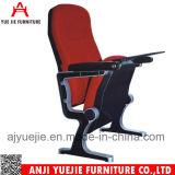 Silla roja Yj1211 del auditorio de los apoyabrazos de la cubierta de tela del estilo de Morden