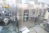L'eau potable de bouteilles PET automatiques de boissons plafonnement de l'usine de conditionnement d'embouteillage de remplissage