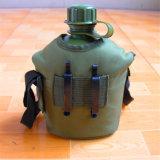 軍の戦術的なキャンプの走行のプラスチック水差しの酒保