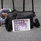 最も新しいデザインPUの革メッセンジャーの人の肩のラップトップの学生かばん袋
