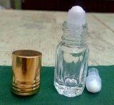 Rouleau de verre sur bouteille de parfum en forme octogonale