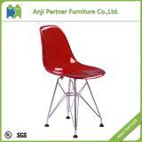金属フレームのフィート(Lingling-K)が付いている白い透過PPのプラスチック食事の椅子