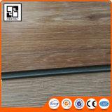 Tuile homogène de vinyle de plancher de planche de vinyle de PVC de couplage ignifuge de qualité