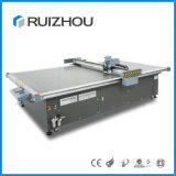 Máquina de estaca de alimentação da tampa da esteira do carro do assento de carro do CNC de Ruizhou auto