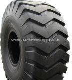 de los neumáticos del equipo OTR del camino y de la excavadora