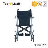 수화물로 휴대용 여행 수동 휠체어를 접혀 Topmedi 알루미늄 라이트급 선수