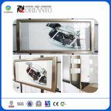 Quadratisches Aluminium, das Innen- und im Freien leitenden hellen Kasten bekanntmacht