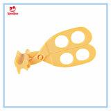 Младенец инструмента кухни безопасности помог ножницам еды вырезывания