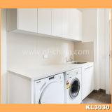 L'Australie Projet armoire en bois laqué blanc blanchisserie