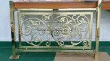 Balaustri ed inferriata di alluminio su ordine della scala