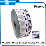 El papel de aluminio con la impresión y grabado