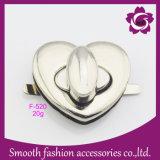 Accessori belli del hardware della serratura del sacchetto della lega della borsa del cuore del metallo di modo