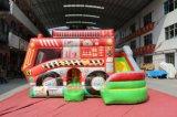 スライドChb761が付いている漫画の消防車のコンボの膨脹可能な跳躍の城