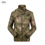 戦術的な軍のジャケットの人の方法デザイン戦術的なSoftshellの防風のコート