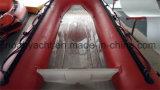 Barco inflable inferior claro de la costilla del barco de V