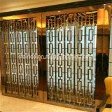 de moderne Stijl van Doubai van het Scherm van de Verdeler van de Zaal van het Roestvrij staal voor de Decoratie van de Zaal van het Hotel