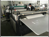 Packpapier-Rollenausschnitt-Maschine mit dem Aufschlitzen