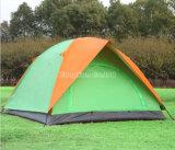 屋外の3-4の人のテント、二重層のキャンプテント、防水テント
