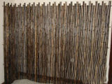 기계에 의하여 길쌈되는 싼 대나무 담