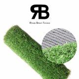 Ajardinando o tapete artificial sintético da grama do relvado do gramado da decoração