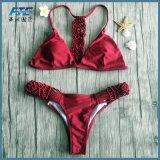 Costume da bagno dello Swimwear di Handworked per il bikini del brasiliano di colore rosso di vino delle donne