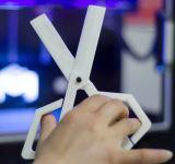 Jogo preto da impressora de Ecubmaker DIY 3D com os dois Rolls do filamento