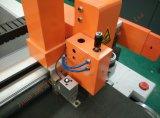 機械Zhuoxingのナイフの打抜き機を作る1300*1800mmの低雑音の革短い服