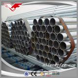 I tubi d'acciaio galvanizzati tuffati caldi del materiale da costruzione della costruzione hanno filettato con gli accoppiamenti