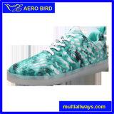Zapatos del deporte del USB LED de los pares del estilo de la manera para la mujer y el hombre