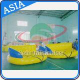 Esporte de água inflável de venda quente F louco, sofá inflável de Carzy, peixe de vôo rebocador para o jogo da água do verão