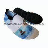Ozean-Boots-Bild-im Freienstrand-Wasser-Aqua-Schuh