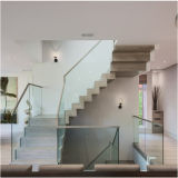 WohnEdelstahl-Glastreppenhaus mit seitlichem Träger