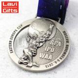 Medalha feita sob encomenda da concessão do esporte do efeito do corte da prata da antiguidade do metal dos campeonatos