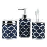 Insieme alla moda lussuoso moderno dell'accessorio dei prodotti della stanza da bagno