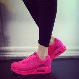 2018の女性の方法歩きやすいスニーカーのスポーツの靴