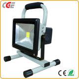 La CE aprobó la norma IP65 10W/20W/30W/50W proyector LED recargable Las lámparas LED de iluminación de las inundaciones