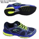 EVA schnüren sich oben das Sport-Schuh-Laufen
