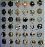 금속 공장은 청바지 강한 황급한 재킷 단추 기장 옷을 리벳을 박는다