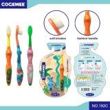 O miúdo/criança/Toothbrush das crianças com as cerdas delgadas & macias, presente incluíram o bloco 182