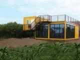 Casa portable/casa del envase en Suráfrica