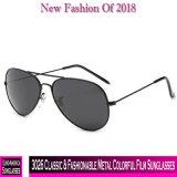 3026 lunettes de soleil colorées de film en métal classique et à la mode