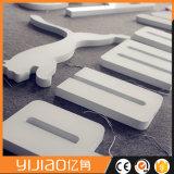 표시가 최신 판매 주문을 받아서 만들어진 모양 아크릴 LED 편지에 의하여 점화한다