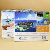 品質の壁掛けカレンダーの卓上カレンダー表のカレンダのカスタマイゼーション
