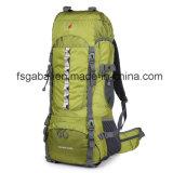 Sport esterni impermeabili che fanno un'escursione i sacchetti dello zaino di corsa del pacchetto