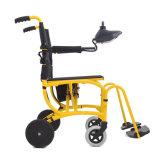 녹색 Pedel 이동할 수 있는 통제 250W 전기 접히는 휠체어