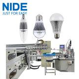 주문을 받아서 만들어진 LED 전구 생산 기계
