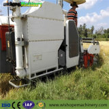 4.0kg/S大きい米タンクが付いている挿入容量のコンバインKubotadc70の収穫機